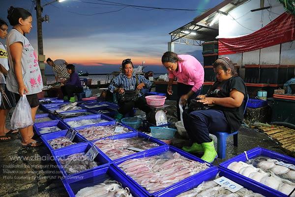 สะพานปลาอ่างศิลา ชลบุรี