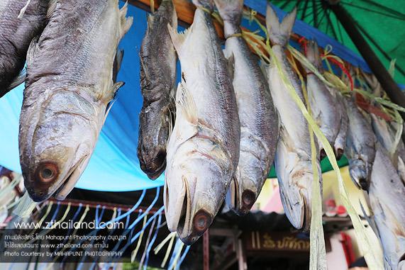 ตลาดเก่าอ่างศิลา ชลบุรี