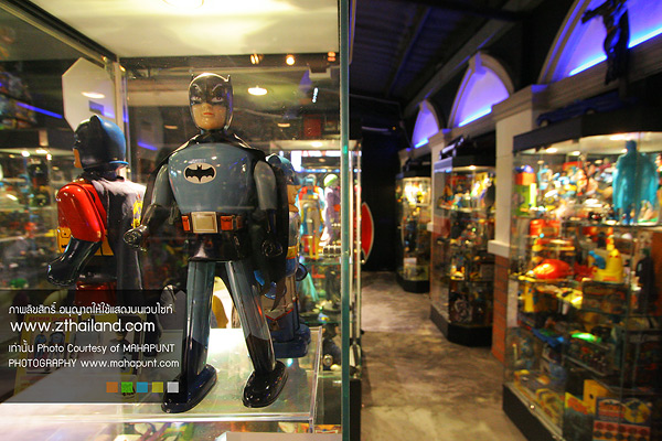 Batcat Museum & Toys Thailand พิพิธภัณฑ์ของเล่นและของสะสมซุปเปอร์ฮีโร่