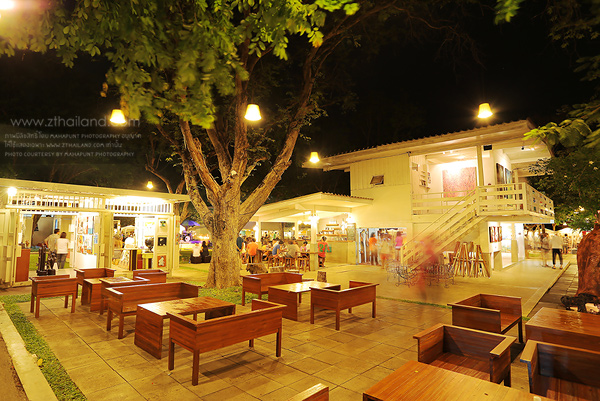 Cicada Market (ตลาดจั๊กจั่น) หัวหิน