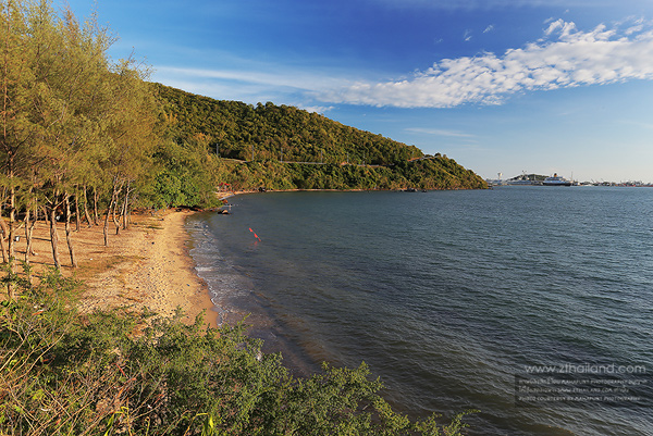 Tien Talay Beach Sattahip Chonburi 02