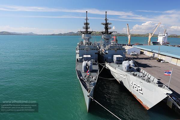 เรือหลวงจักรีนฤเบศร สัตหีบ ชลบุรี
