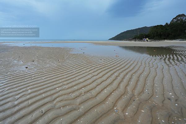 หาดในเพลา (หาดขนอม) นครศรีธรรมราช