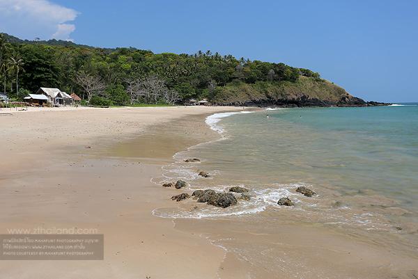 หาดคลองจาก เกาะลันตา กระบี่