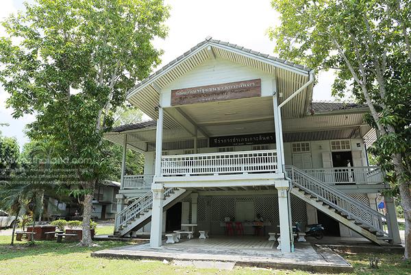 ชุมชนเมืองเก่าลันตา (Lanta Old Town) เกาะลันตา กระบี่