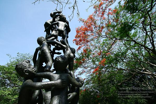 สวนศิลป์มีเซียม ยิบอินซอย นครปฐม