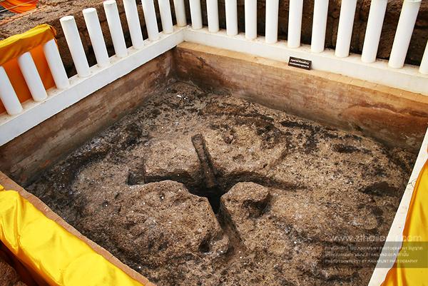 โบราณสถานสระมรกต และงานมาฆปูรมีศรีปราจีน ปราจีนบุรี